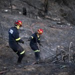 Fire On Cape Town's Table Mountain In Control But Smoldering