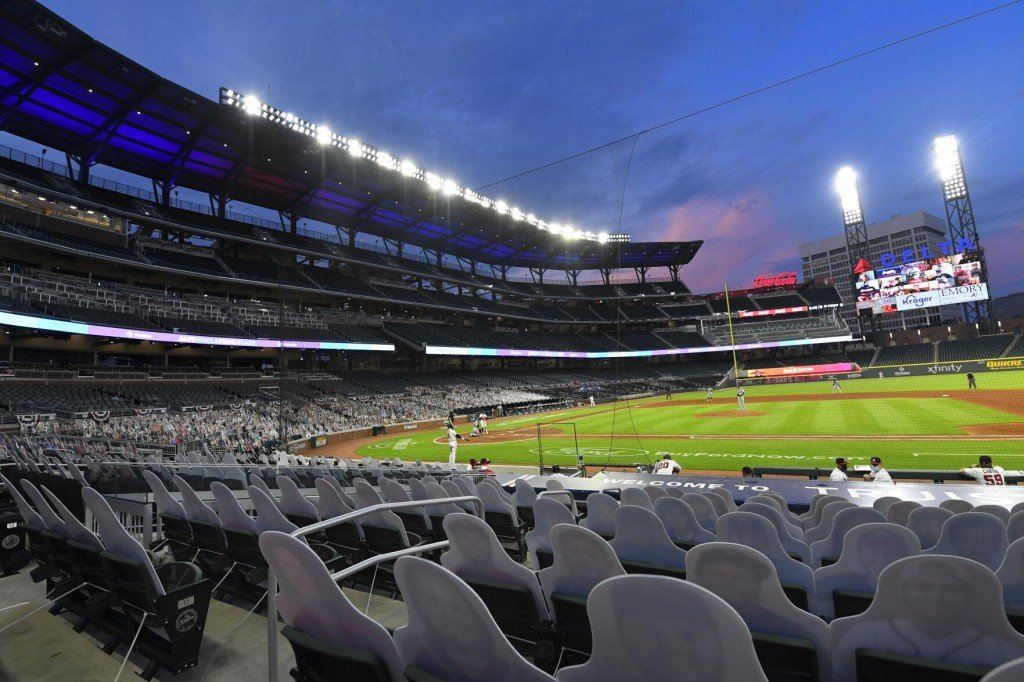 Amid Glow Open Day, Cloud Looms Over Mlb All Star Game