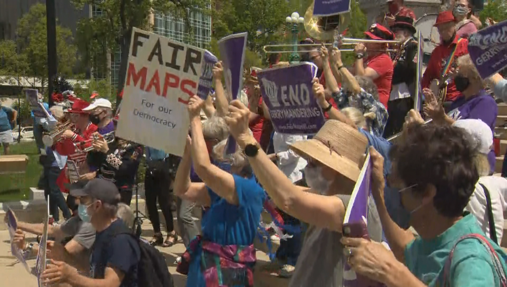 Fair Maps Coalition holds rally outside Capitol