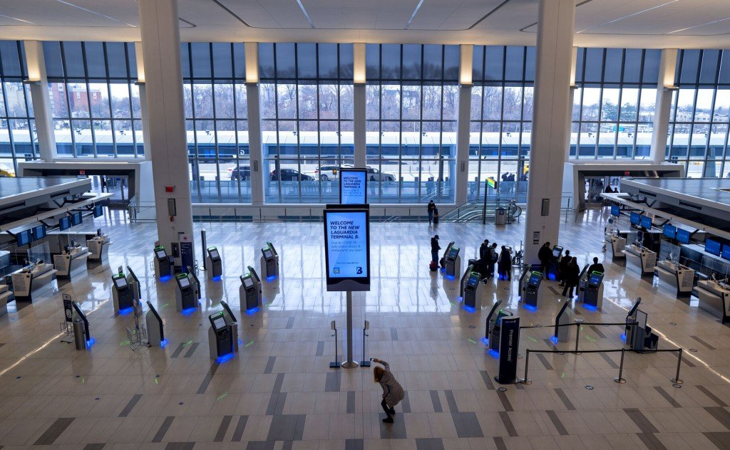 Ap Photos: The Old And The New At Rebuilt Laguardia Airport