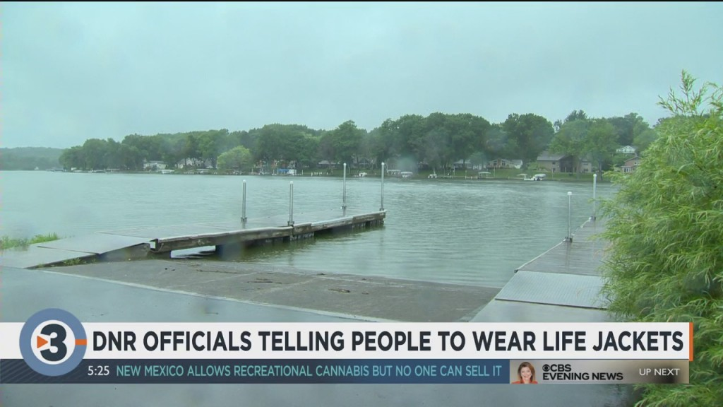 Dnr Officials Telling People To Wear Life Jackets
