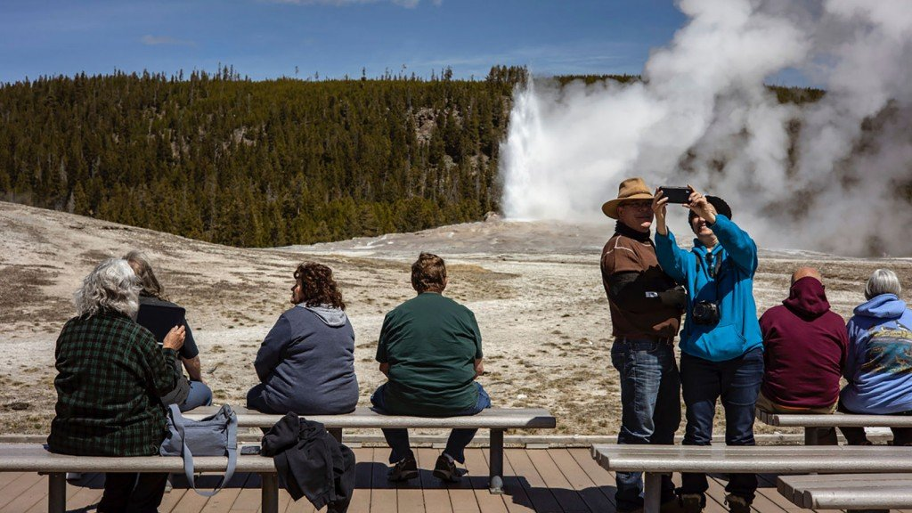Exchange Yellowstone In Spring