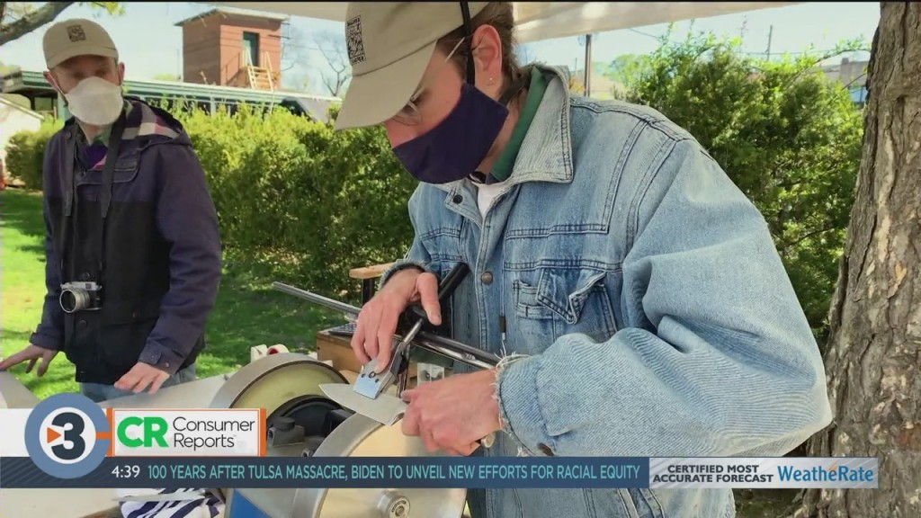 Consumer Reports: Knife Sharpening Knowhow