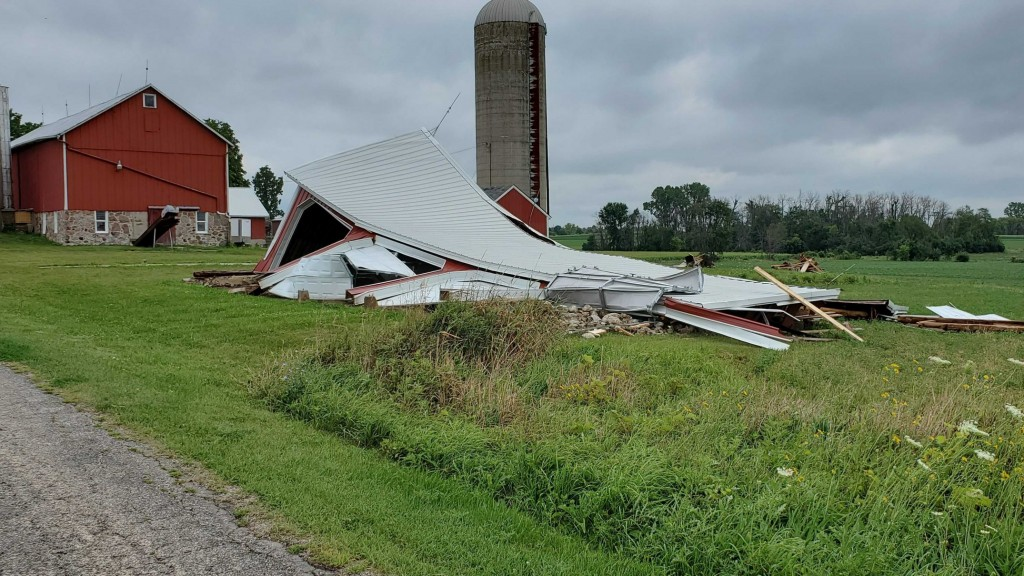 Strong winds destroyed a barn in Concord, Wisocnsin