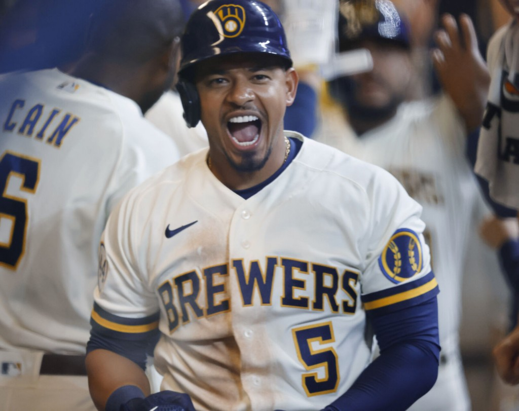 Escobar Homers, Triples As Brewers Defeat Pirates 6 2
