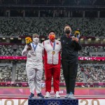 Olympics Latest: Silver Medalist Saunders Mourns Mother
