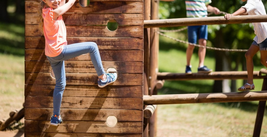 Convincing Your Child To Leave The Screens Behind To Exercise Is Hard. Here's How To Do It