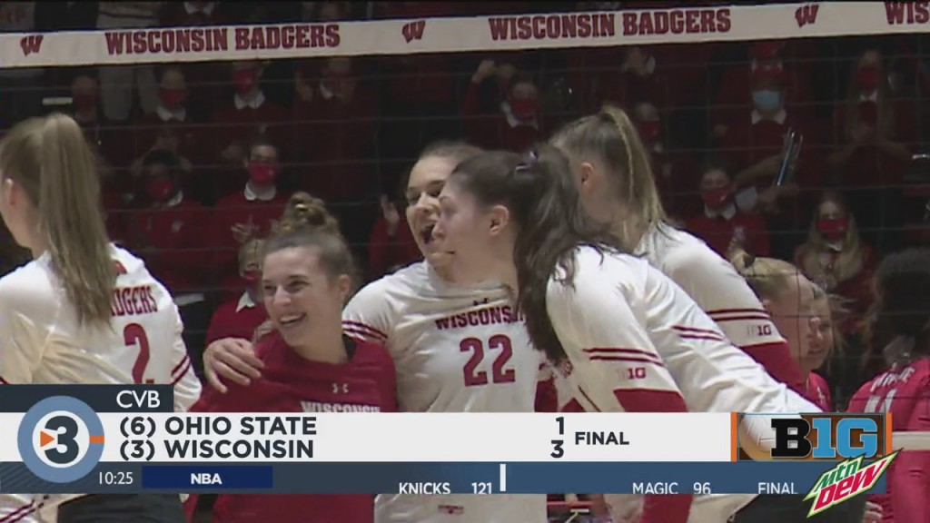 Badger Volleyball Takes Down Ohio State