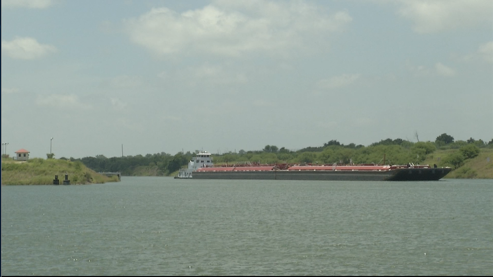 Project to reconstruct several roadways near Port of Victoria