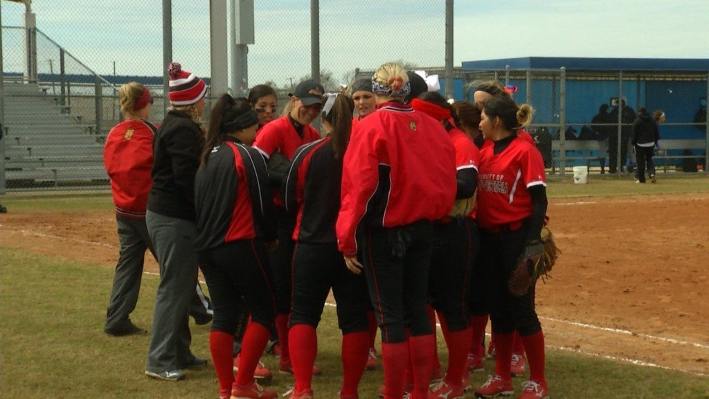 UHV Softball Signs Two Victoria Players