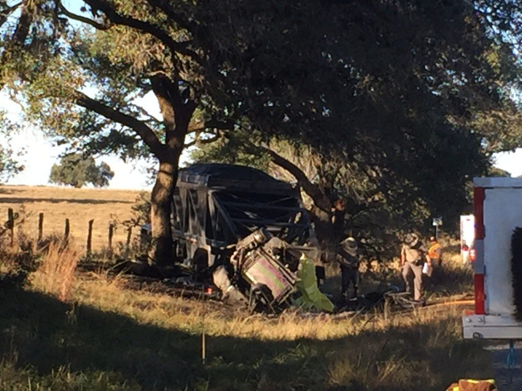 Fatal Wreck Involving Tractor Trailer on HWY U.S. 183 Near Goliad, TX