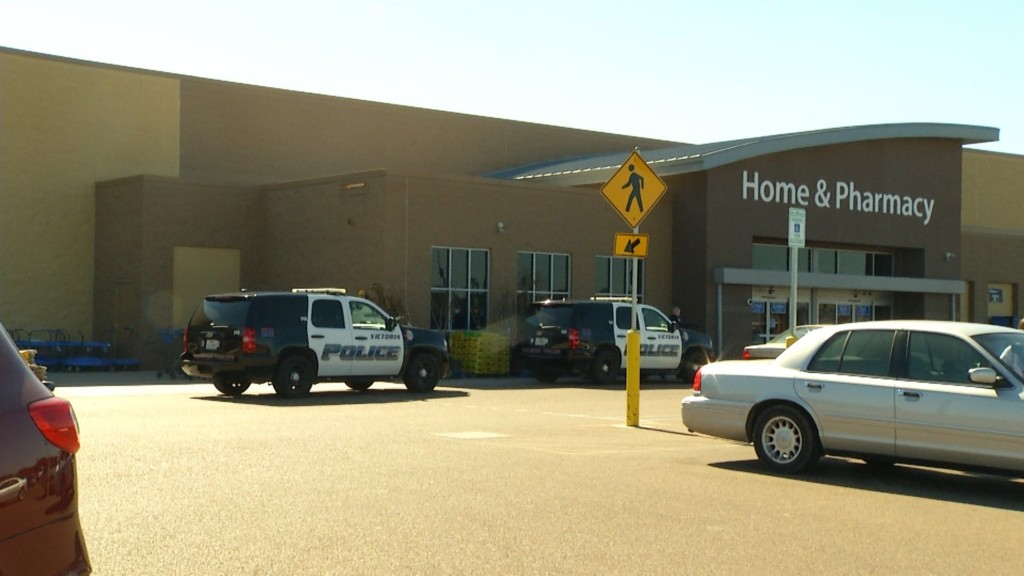 Employee Chases Shoplifter from Sam Houston Walmart