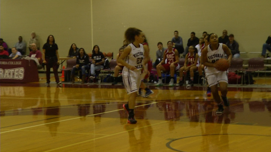 VC Women's Basketball Remains Undefeated in Conference