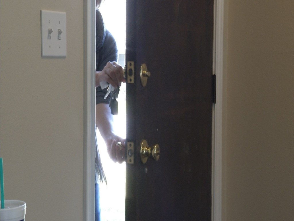 Tips To Keep Your Home Safe From Thieves