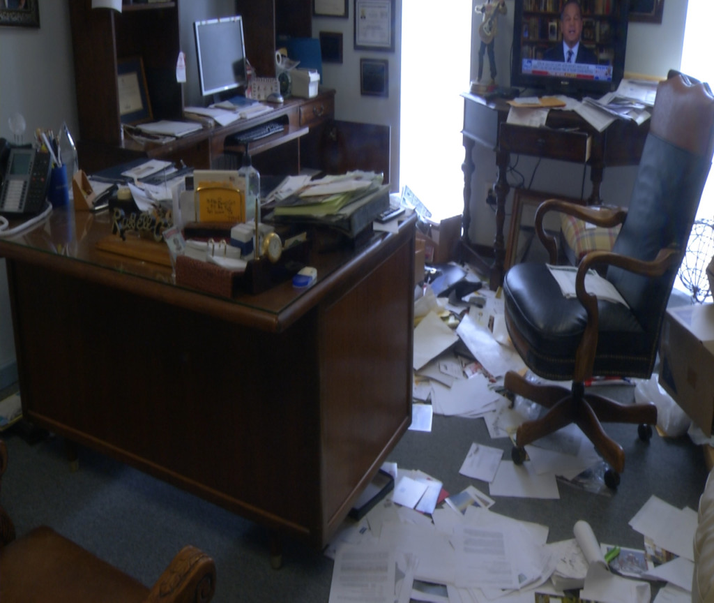 Port Lavaca PD search for answers in break-in of local realtor's office
