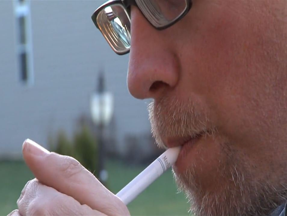 Study: Light smokers face heavy risks