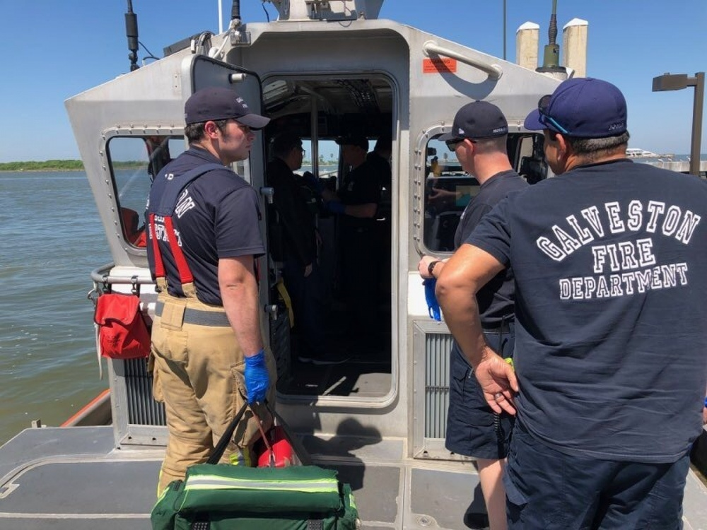 Coast Guard rescues crewmember from container ship near Galveston, Texas