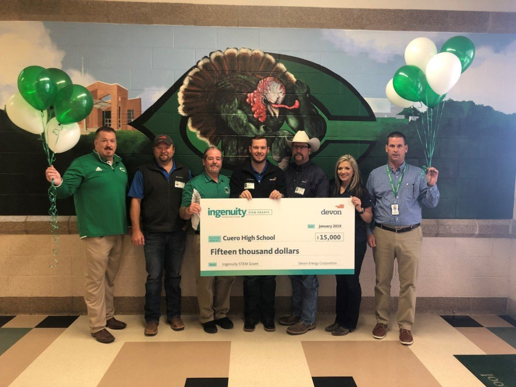 Cuero ISD accept STEM grant to purchase AR equipment
