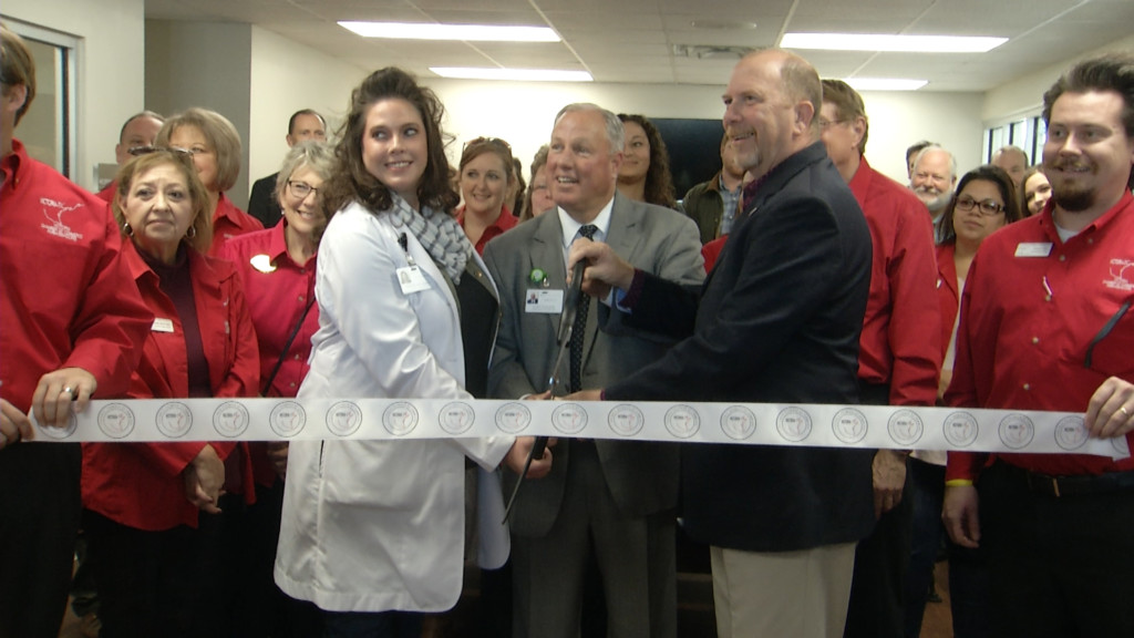 Victoria Chamber of Commerce celebrates DeTar on Demand opening with ribbon cutting ceremony