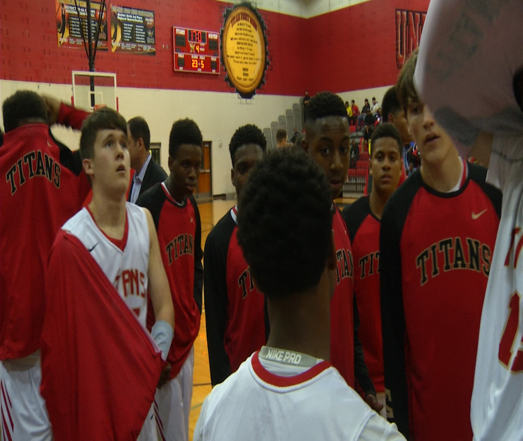 East Boys Basketball Wins In Overtime District Game