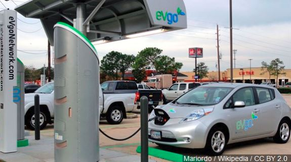 AAA Texas: Icy temperatures cut electric vehicle range nearly in half