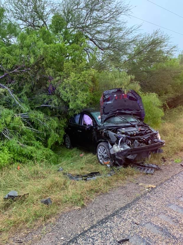Cuero woman taken to hospital after crashing into tree