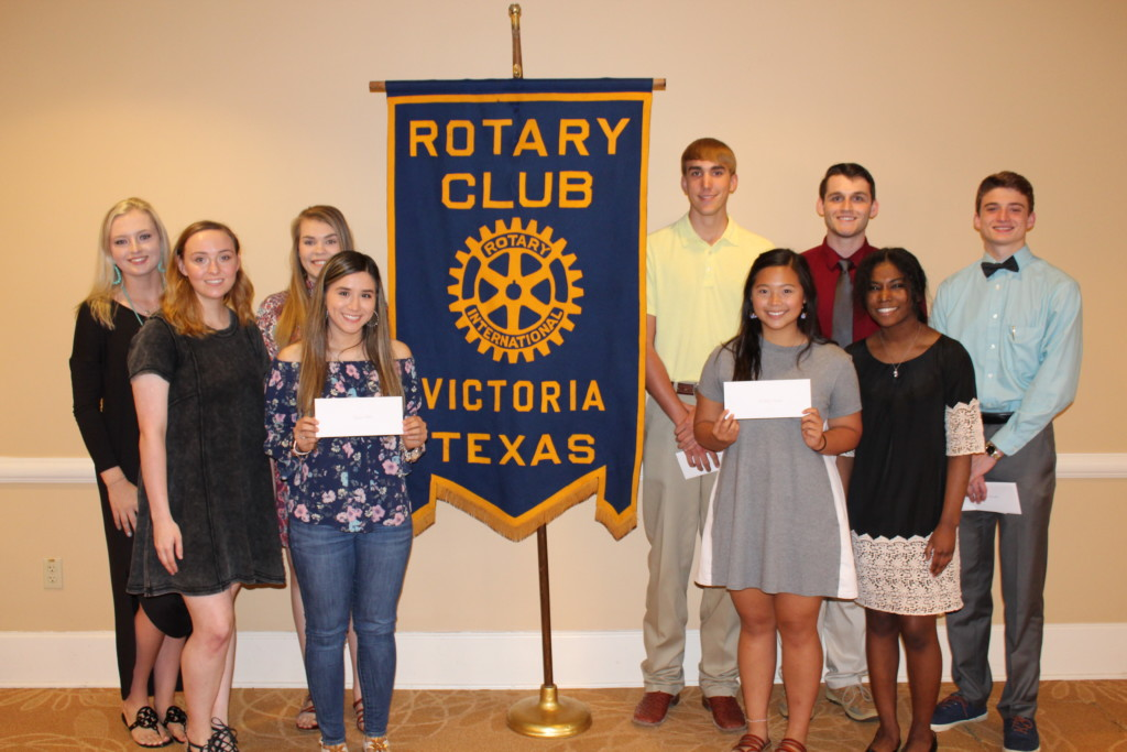 Victoria Rotary Club awards more than $10K in college scholarships to local students