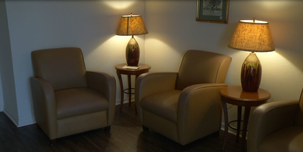 Mid-Coast Family Services set up Day Center for homeless residents