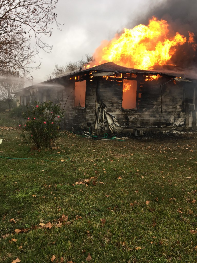 Multiple Fire Departments Respond to House Fire in Thomaston