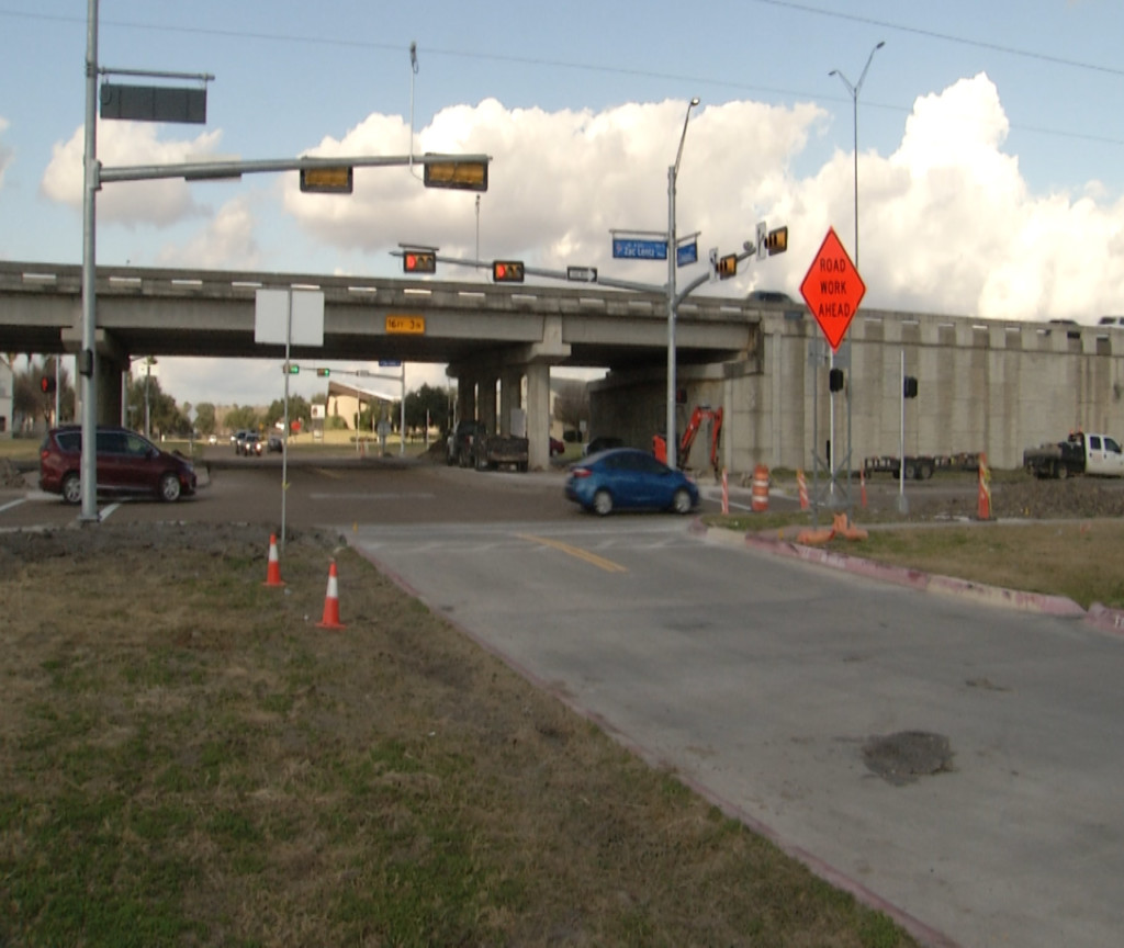 Traffic lights installed at Mallette Drive and Loop 463