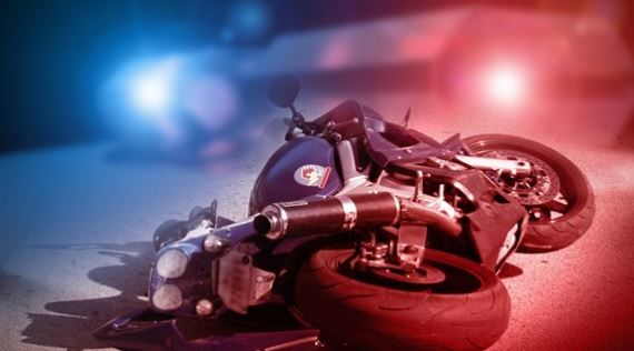 Motorcycle accident kills woman in Victoria
