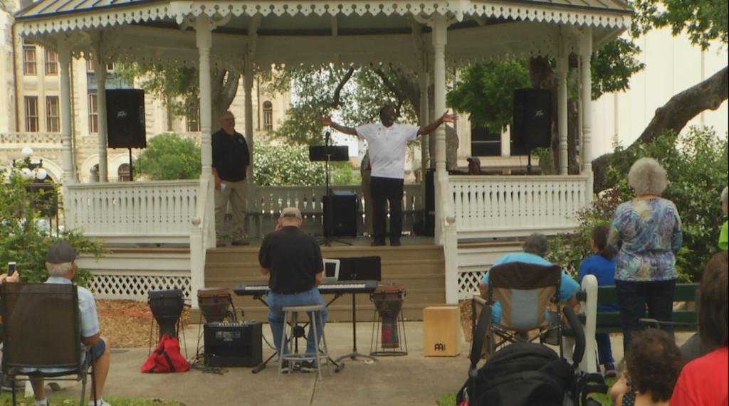 Victoria community comes together for National Day of Prayer