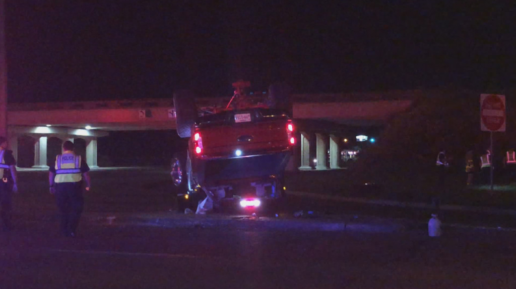 Driver flees after rollover on Zac Lentz and Navarro