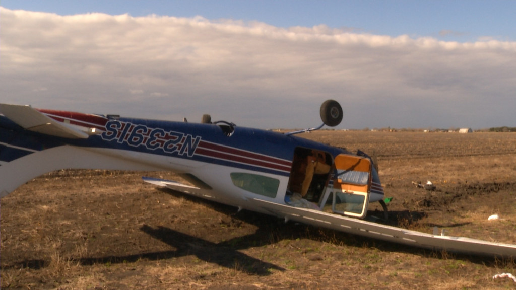 Port Lavaca plane crash leaves 2 injured