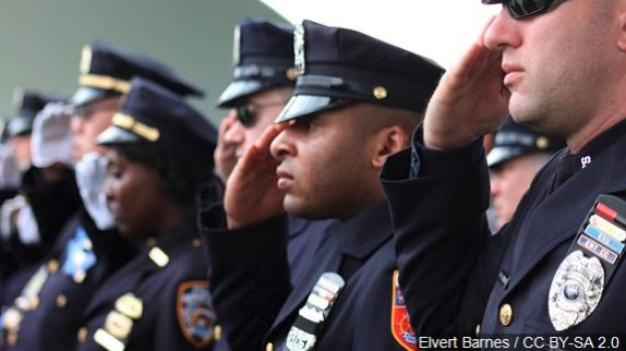 2019's best and worst states to be a police officer