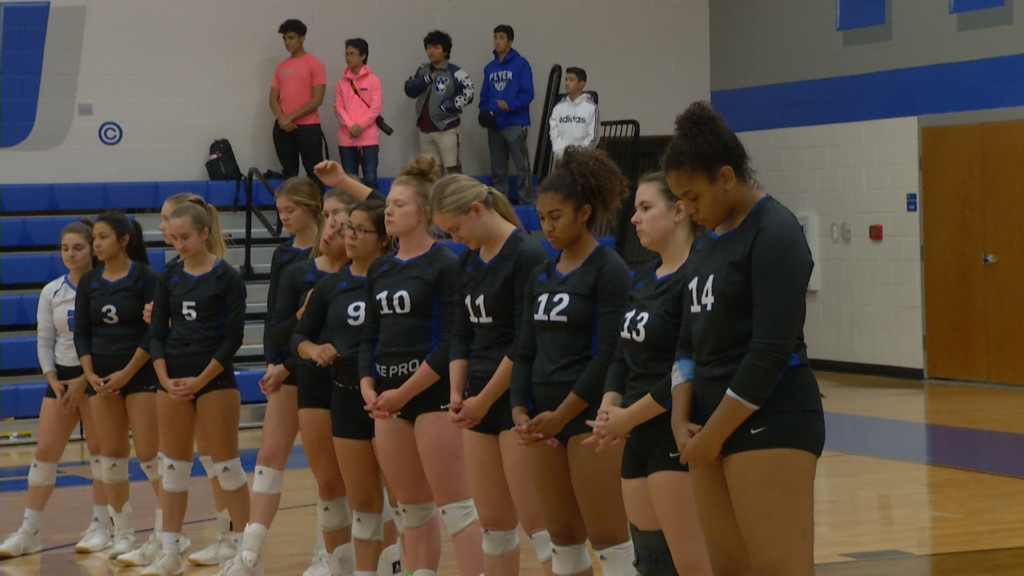 STJ Volleyball Goes Through District Undefeated