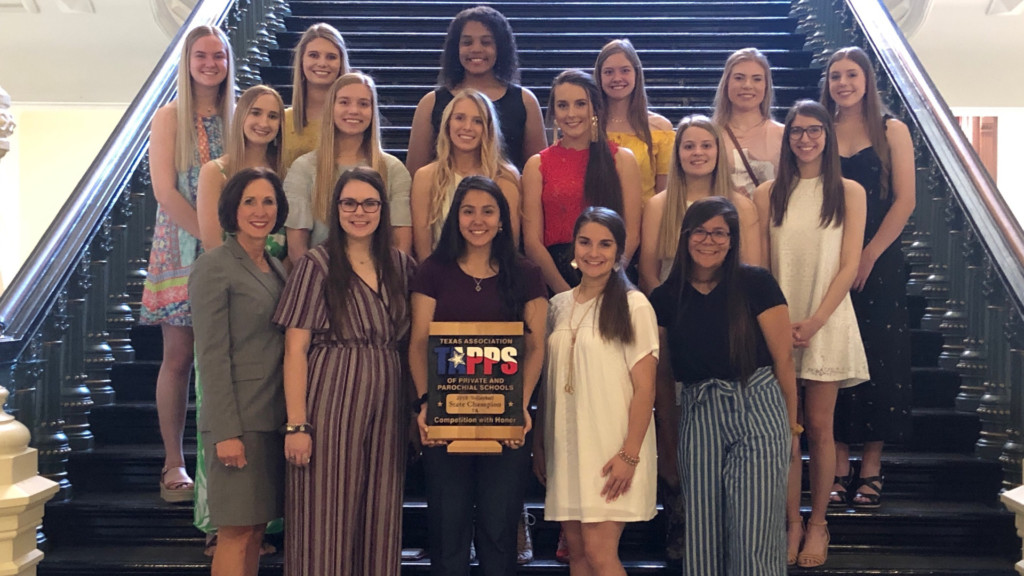 STJ Volleyball State Champs Get Their Rings 5-9