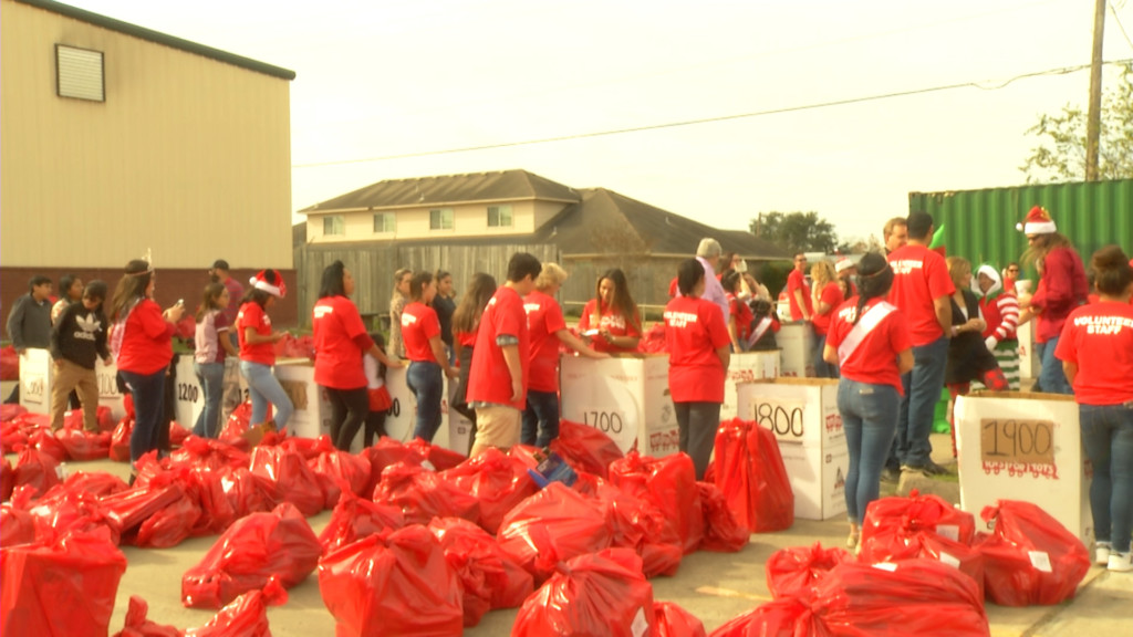 Toys For Tots Distributes Presents to the Crossroads