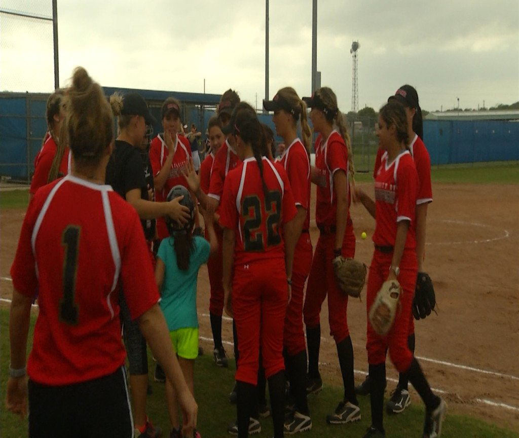 UHV Softball Is Going To Nationals