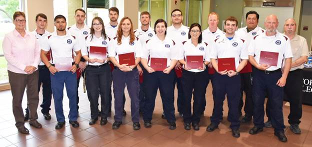 Fourteen graduate from Victoria College's EMT Course