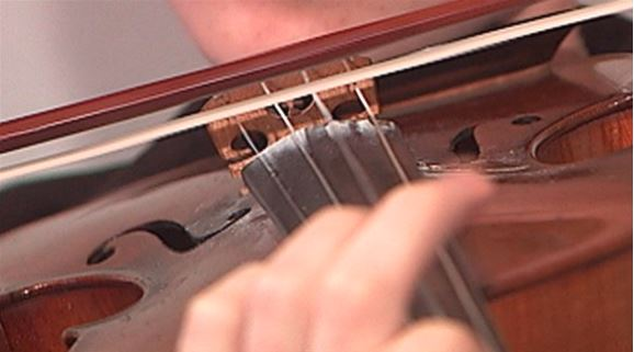 Texas violinist dies after medical crisis during performance