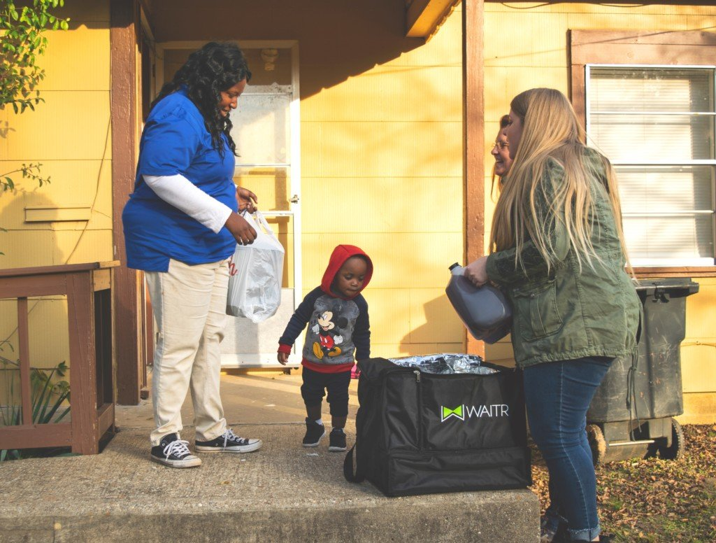 Waitr delivered free Thanksgiving meals to local families in need