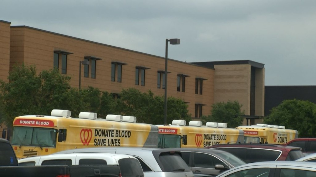 Victoria West students participate in blood drive
