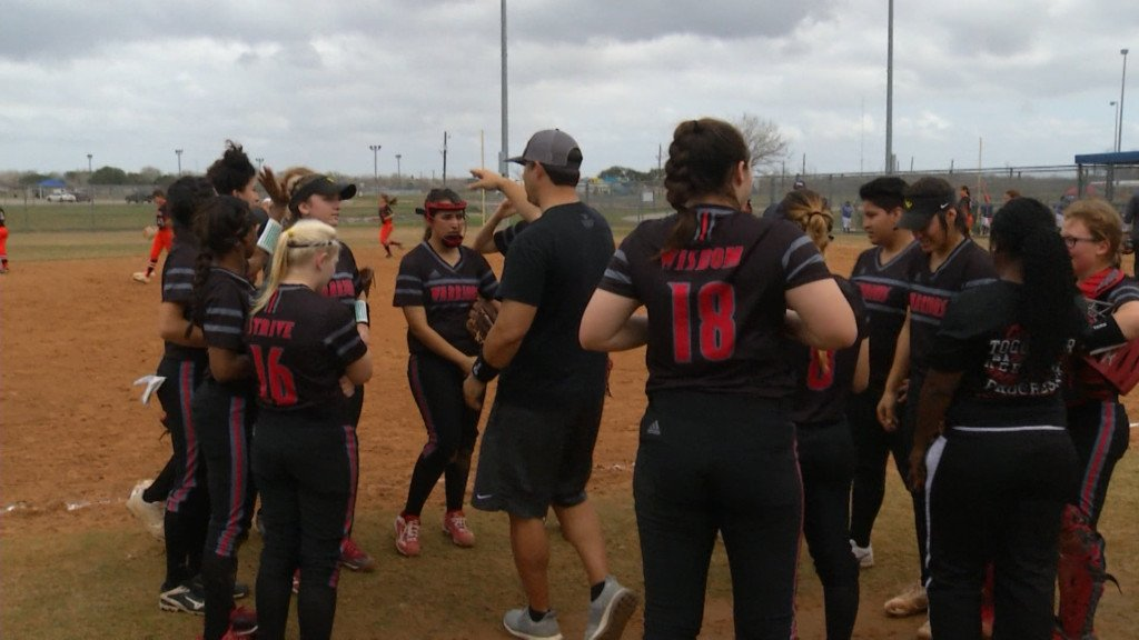 West Softball Loses Bi-District Playoff