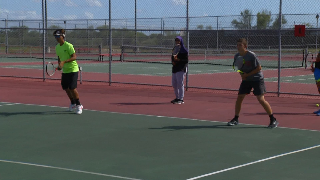 West Tennis Loses Bi-District Playoff