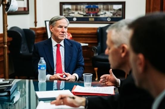 Governor Abbott receives briefing on Coronavirus