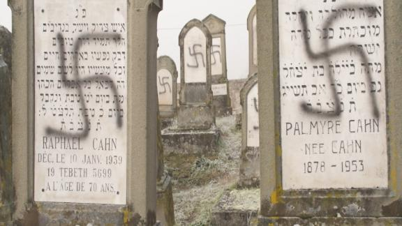 100 Jewish graves desecrated in France