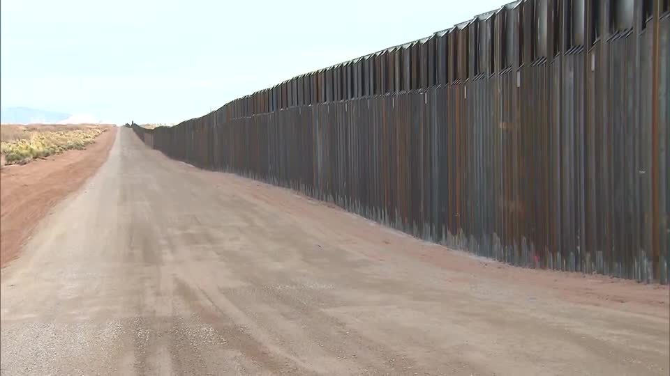 Democratic lawmakers to visit US southern border