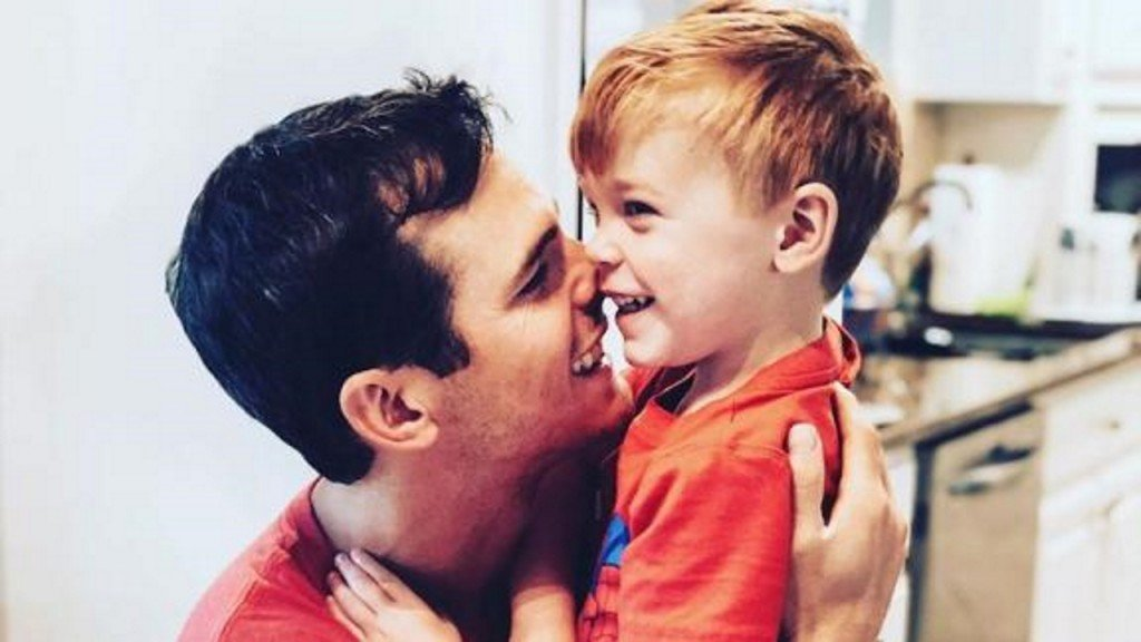 Country singer Granger Smith's son saved lives with organ donations