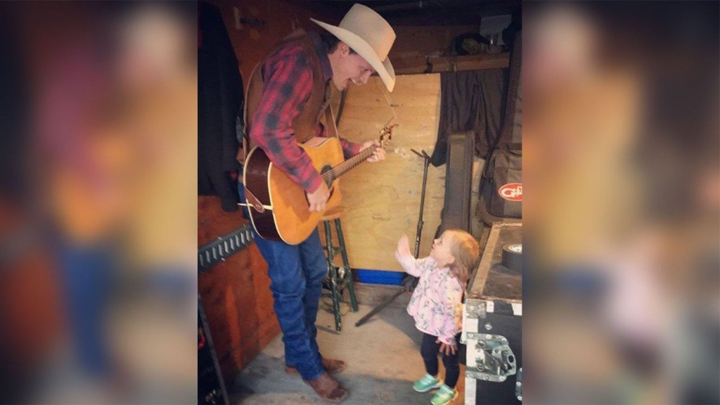 Country singer Ned LeDoux says 2-year-old daughter has died